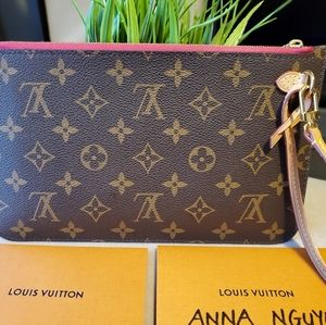 Louis Vuitton Bags - 2019 Louis Vuitton Neverfull MM pochette